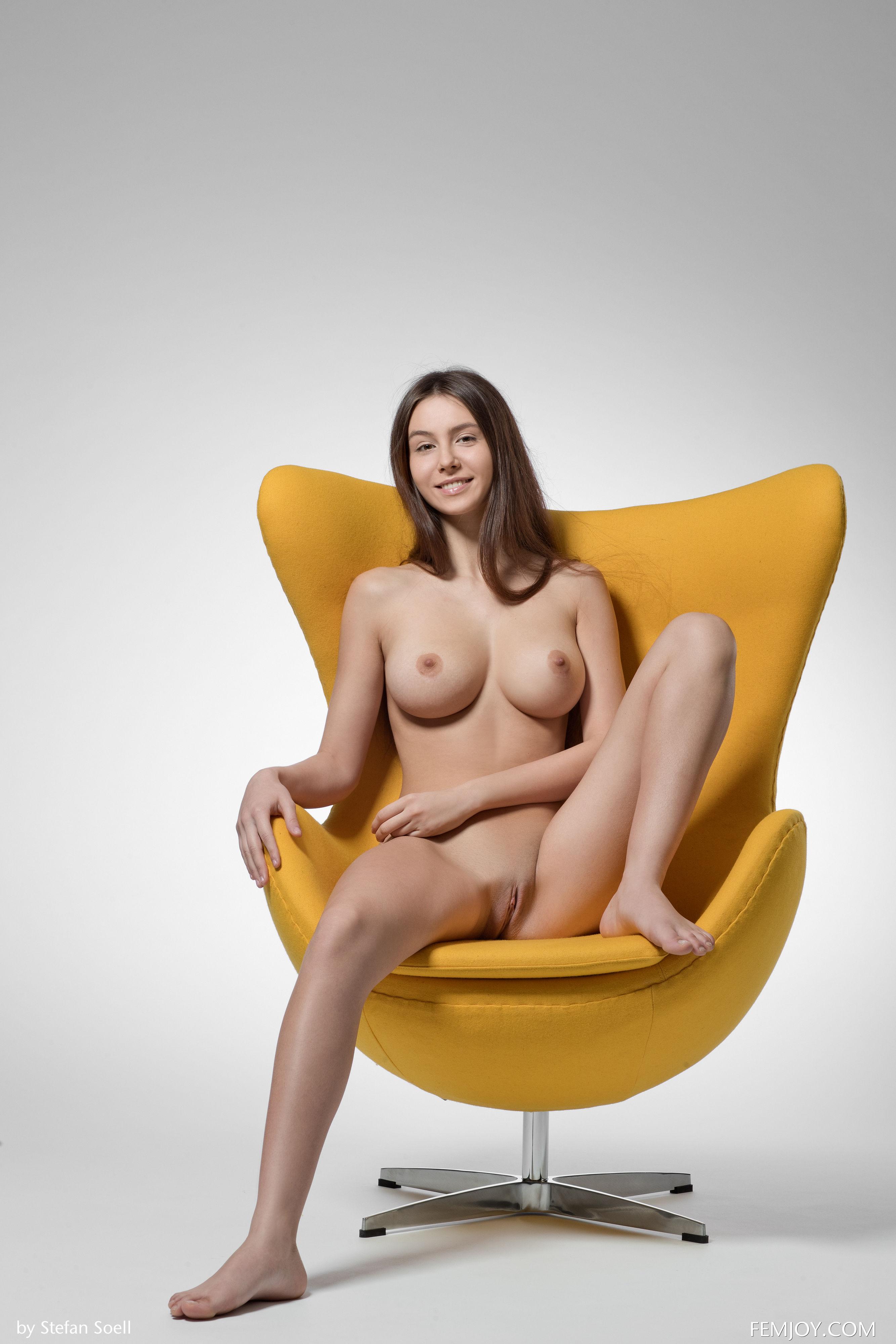 76857625_alisai_femjoy_stefansoell_yellow_19052018p_06.jpg