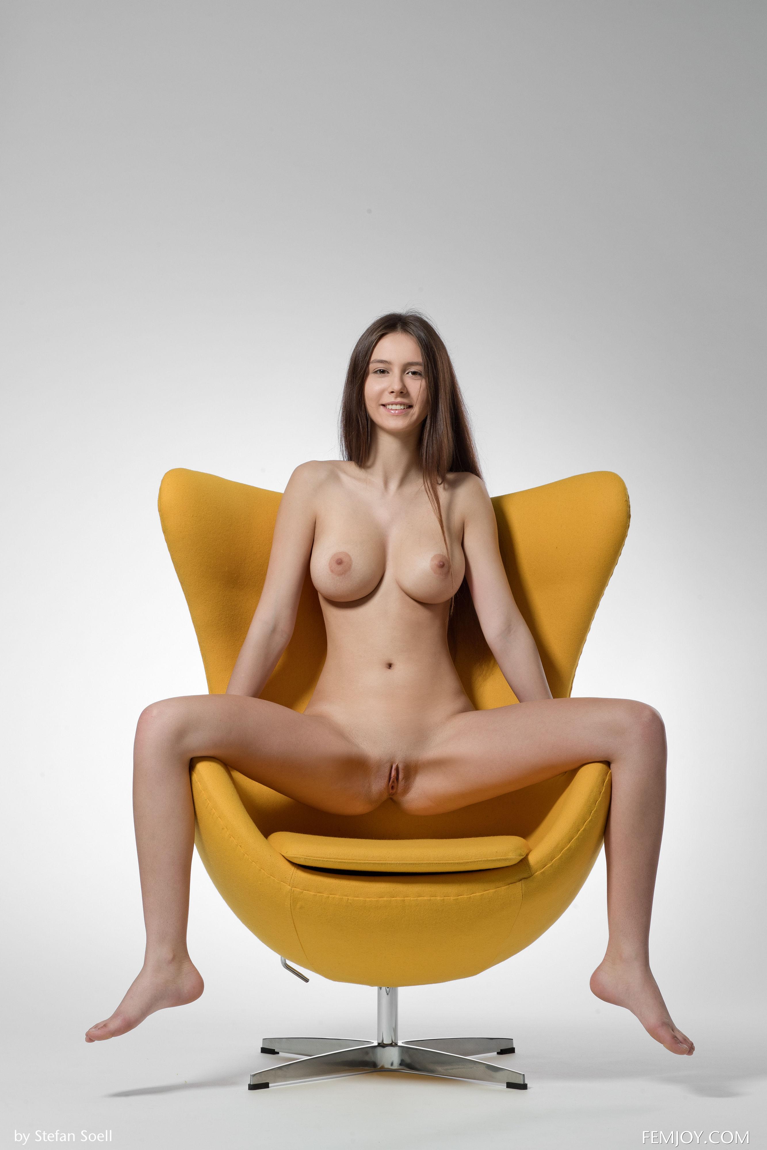 76857693_alisai_femjoy_stefansoell_yellow_19052018p_33.jpg