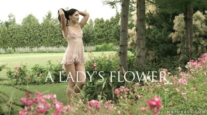 21EroticAnal – A Lady's Flower – Lilu Moon