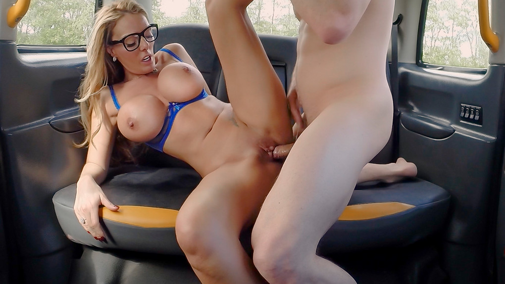 FemaleFakeTaxi – FemaleFakeTaxi – Stacey Saran – Sex addicts skip therapy for sex – Stacey Saran