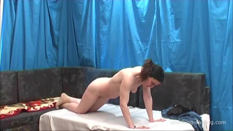75292703_spanking-2462-image-2-5.jpg